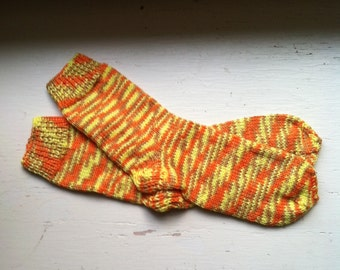 Hand Knit Soft And Warm  Women's  Bamboo - Cotton Socks, Size  7  -  7.5   (9.25 inches length)