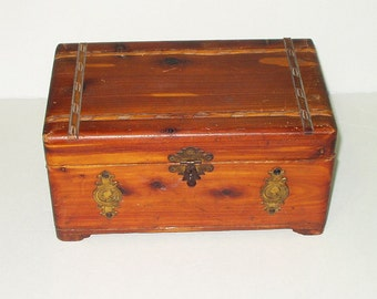 Vintage Cedar Jewelry Box Large Trinket Box Peterson Brothers Chicago Rustic Ranch Decor