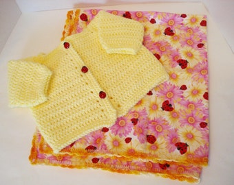 Crocheted Worsted Weight Baby Yellow Sweater and Ladybug Ladybird Daisy Daisies Flannel Receiving Blanket Matching Set for Infant Baby Girl