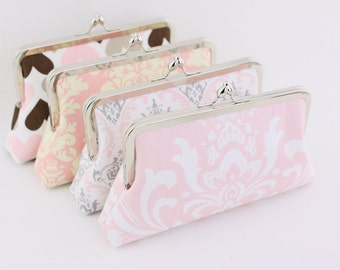 Blush Pink Bridesmaids Clutches / Pink Floral Wedding Purse Gifts - Set of 4