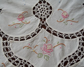 Vintage Tablecloth Emroidery Crochet Madeira Type Large  White 52 x 66
