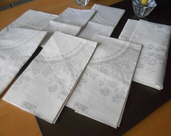 "Damask pure Irish Linen,  Made in Ireland  ""Lot of 8""  Napkins/Doilies/Place mat  Vintage"