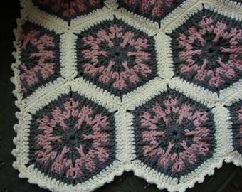 Handmade Crochet Rose Gray & Aran Kaleidoscope Afghan 48 x 68