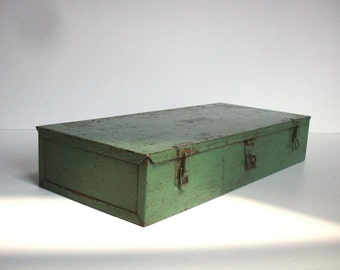 RESERVED Ian / Vintage Green Metal Tool Box / Painted Metal Box / Industrial Decor / Storage Organization / Distressed Painted Metal Box