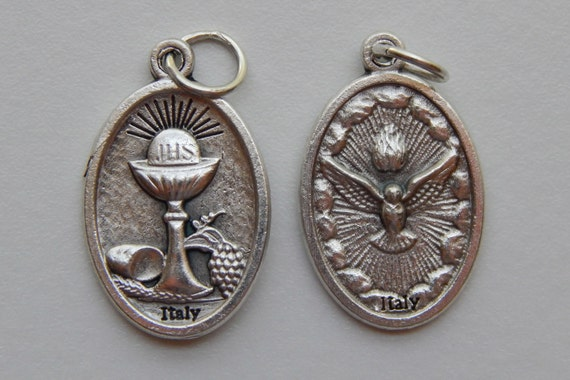 5 Patron Saint Medal Findings, Holy Spirit, Communion, Die Cast Silverplate, Silver Color, Oxidized Metal, Made in Italy, Charm, RM113