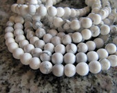 8mm Natural Howlite Beads in Ivory White and Gray, Round, Full Strands and Half Strands, Round Sphere, Gemstone Beads