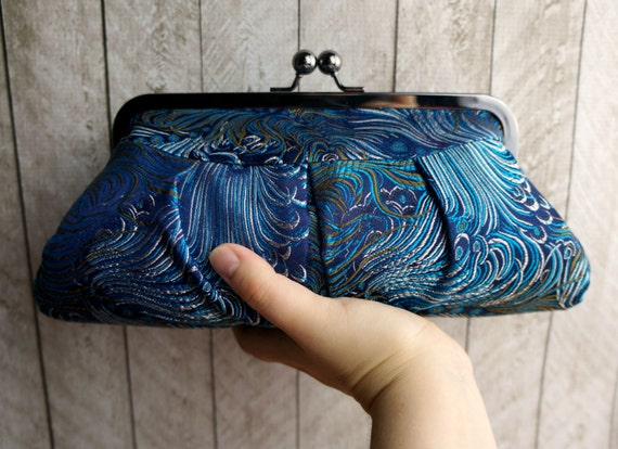 Blue clutch, teal peacock Clutch Purse. Framed clutch, peacock feathers.