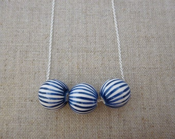 Lines Onion Ball Silver Necklace