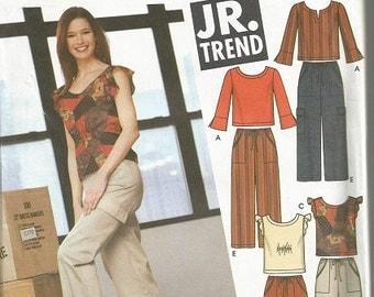 Simplicity 5478 Junior Trend Tops, pants, & Short Pattern SZ 3/4-9/10