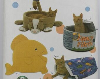 Novelty Cat Kitty Kitten Bed Sleeping Sac Bag Pillow Fish Pet Carla Reiss Uncut Sewing Pattern