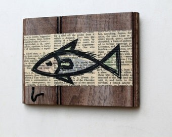 Fish Key Hanger - Key Hook - Reclaimed, Distressed Wood - Eco friendly Wall Decor - fishing decor - boat keys