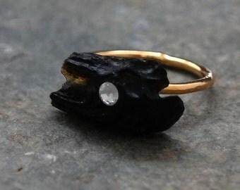 Black Ring, Gold Black Stone Ring, Natural Stone, Gold Ring, Black Organic Ring, Black Lava Gemstone Gold Ring, Gemstone Jewelry