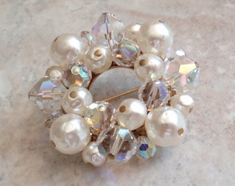 Crystal Pearl Brooch Pin Circle Wreath Gold Tone AB Beads Faux Pearls Vintage