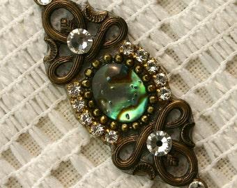 Paua Shell Bindi in Oxidized Brass