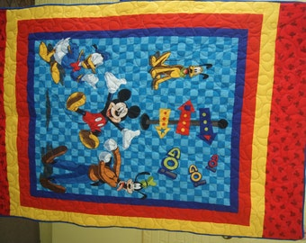 Mickey Mouse Toddler Quilt