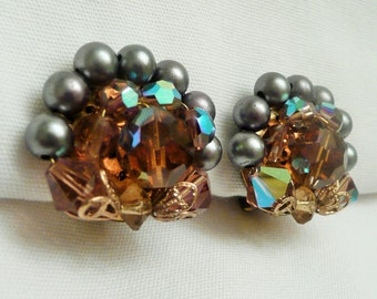 VTG Golden Topaz Crystal & Grey Pearl Cluster Clip on Earrings