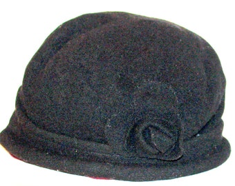 Fifties black wool cloche hat with rosette