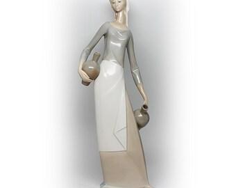 "Llardo  ""Woman with Two Water Jugs"" Tall Figurine"