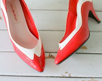 Vintage MAD MEN Red and White Two Toned Heels...size 7 women....party. leather. pumps. red. fancy. classic. mod. glam. twiggy. designer.