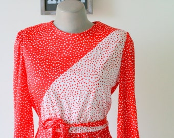 1980s CANDY CANE DOTS/ Small Dress / 80s Dress / Day Dress/ Red White/ Mod/ Polka Dots/ Holiday/ Party/ Long Sleeved Dress/ Jackie O/ Twiggy