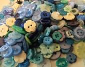 25 Blue Flower Buttons - Grab Bag
