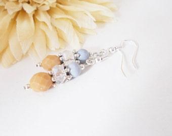 Gray Drop Earrings, Crystal Earrings, Wedding Jewelry, Bridesmaids Earrings, Czech Glass Beaded Earrings, Clip On Earrings, Mother of Bride