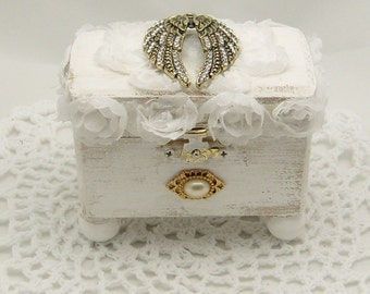 Shabby Chic Angle Wing Jewelry Box