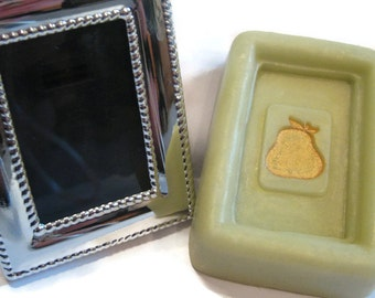 Perfect Pear Soap Set, Soap and picture frame, soap and table setting, wedding set, wedding guest gift