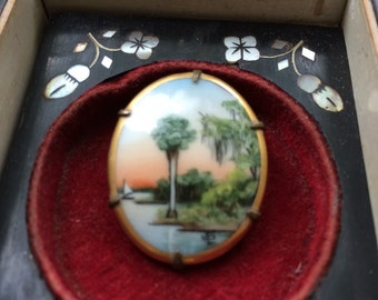 Olive Commons Cameona Palm Brooch