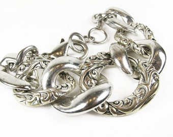 Vintage Chain Bracelet in Silver Tone, Ornate.