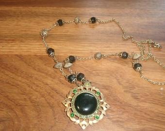 vintage necklace goldtone chain black green glass