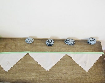 Vintage Linen Bunting Banner. Green Napkin Rustic Boho Wall Hanging. Mint Beige Shabby Chic Wedding. Bridal Domum Vindemia Handmade Rustic