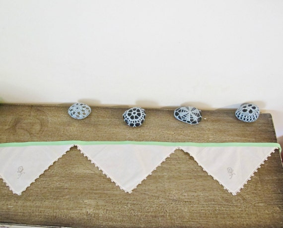 Vintage Linen Bunting Banner. Green Napkin Rustic Boho Wall Hanging. Mint Beige Shabby Chic Wedding. Bridal Domum Vindemia Handmade Rustic