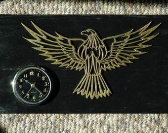 Eagle table clock