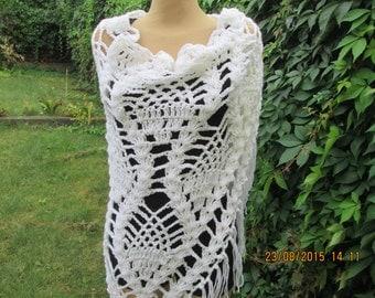 WARM WHITE SCARF / Shawl / Triangular / Acrylic / Small Wool / Big / Large Scarf / White / Hand Knitted / Fringed Szawl