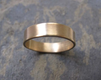 Men's thick gold band ring - Men's thick wedding band ring in 9ct yellow gold