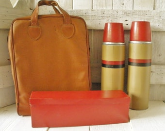 Vintage thermos picnic set stadium case vinyl with metal box red tan black 1960s