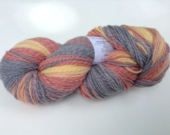 "Handspun Yarn, ""catching fire"" gradient, 6.9 oz, 300 yds"