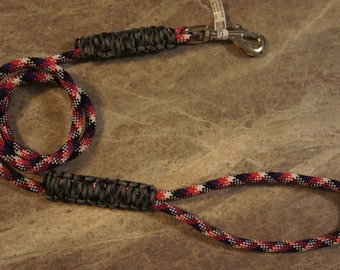4 foot dog leash made from utility rope and 550 paracord