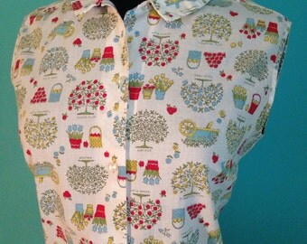 Vintage 1960s Peter Pan color gardening fruit and flower top