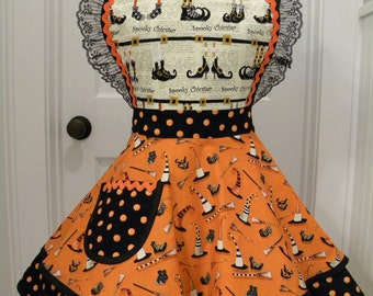 Womens Aprons-Spooky Chicster's Wardrobe Halloween Flounce Apron