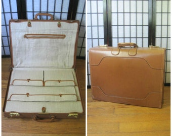 Vintage 1940s 1950s Suitcase Large Valise Train Case Mahogany Cognac Brown Leather Luggage Travel With Canvas Dividers