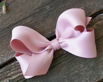Big dusty pink hair bow for all ages - adorable hair bow