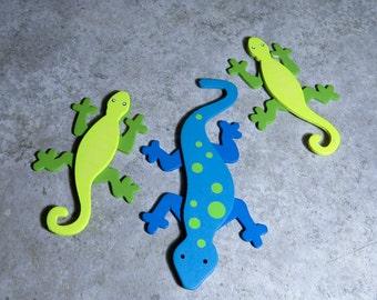 Wooden Geckos- Layered Painted Gecko - Wood Gecko- Blue Gecko - Green Gecko - Wood Lizard