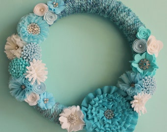 Felt Flower Wreath,14 Inch Blue Yarn Wrapped Wreath with Felt Flowers, Winter Wreath/Frosty Blues