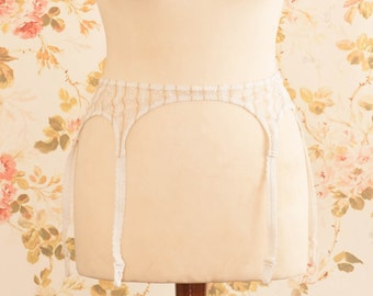 Vintage 1970s White And Gold Pin Stripe Garter Belt, Suspender Belt. Waist Circumference: 30 - 34""