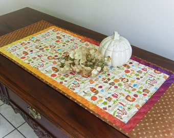 Quilted Table Runner - Thanksgiving/Fall Table Topper, Thanksgiving Centerpiece