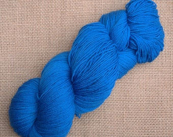 """Hand dyed British Bluefaced Leicester/nylon sock yarn in """"Somnus"""""""