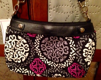 Vera Bradley style to fit your thirty-one purse!! Canterberry Magneta -31 new suite skirt cover made to fit Thirty One suite skirt