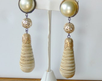 pearl dangel clip earrings